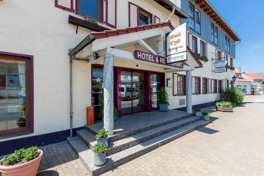 Aufnahme Eingang Hotel Eydt
